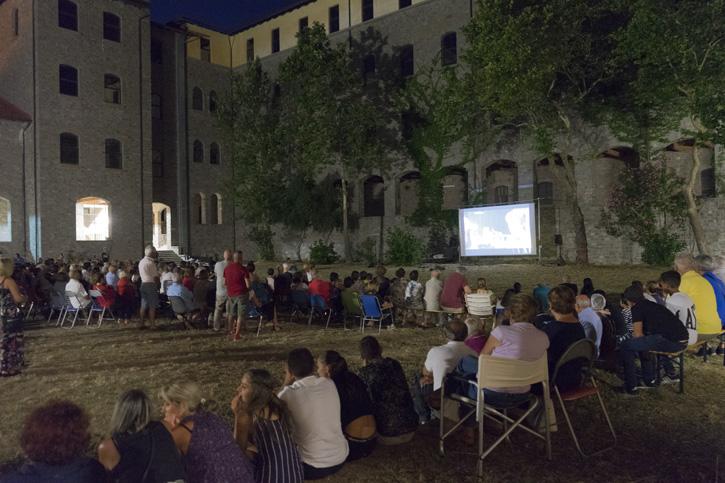 """Torna il grande Cinema a Cuglieri con """"L'Uomo che compro' la luna"""" di Paolo Zucca"""